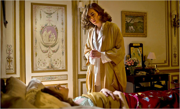 "Kate Winslet as Mildred Pierce and Evan Rachel Wood (in bed) as her daughter in ""Mildred Pierce,"" directed by Todd Haynes, to be shown in five parts on HBO. Mr. Haynes has stripped away the noir trappings of Michael Curtiz's 1945 version."