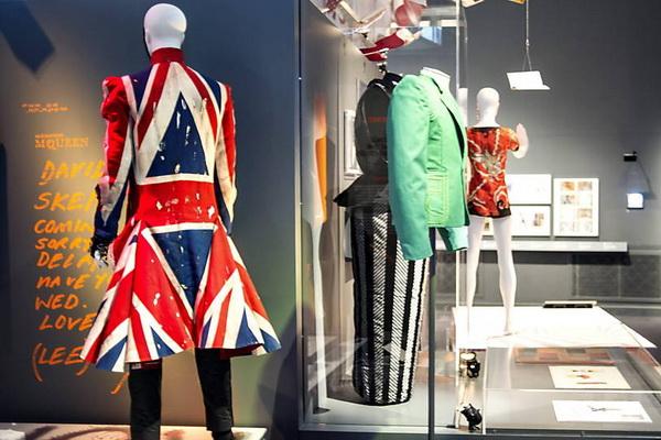 Museu de Londres inaugura exposição sobre David Bowie (Foto: Bogdan Maran/Efe)