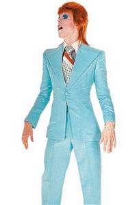 """David Bowie, em foto de Mick Rock, para o clipe de """"Life on Mars"""""""