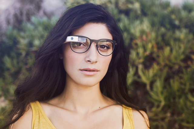 3025398-slide-s-5-how-isabelle-olsson-made-google-glass-beautiful
